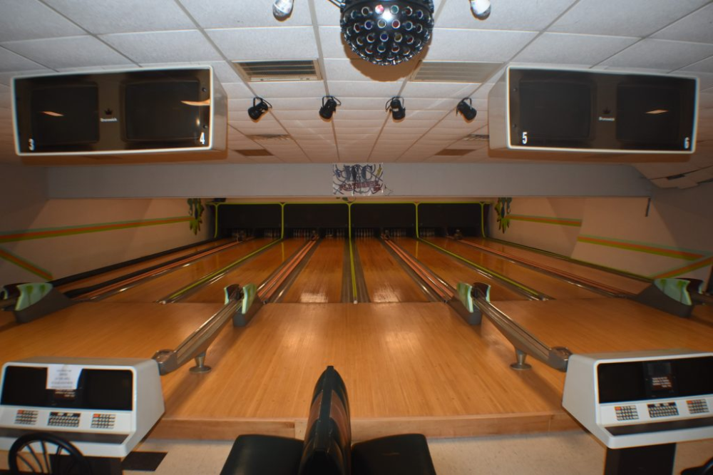 Bowling Alley Liquidation Auction Real Estate Personal Property Kyle Kelso Auctions In 2020 Liquidation Auction Personal Property Bowling Alley