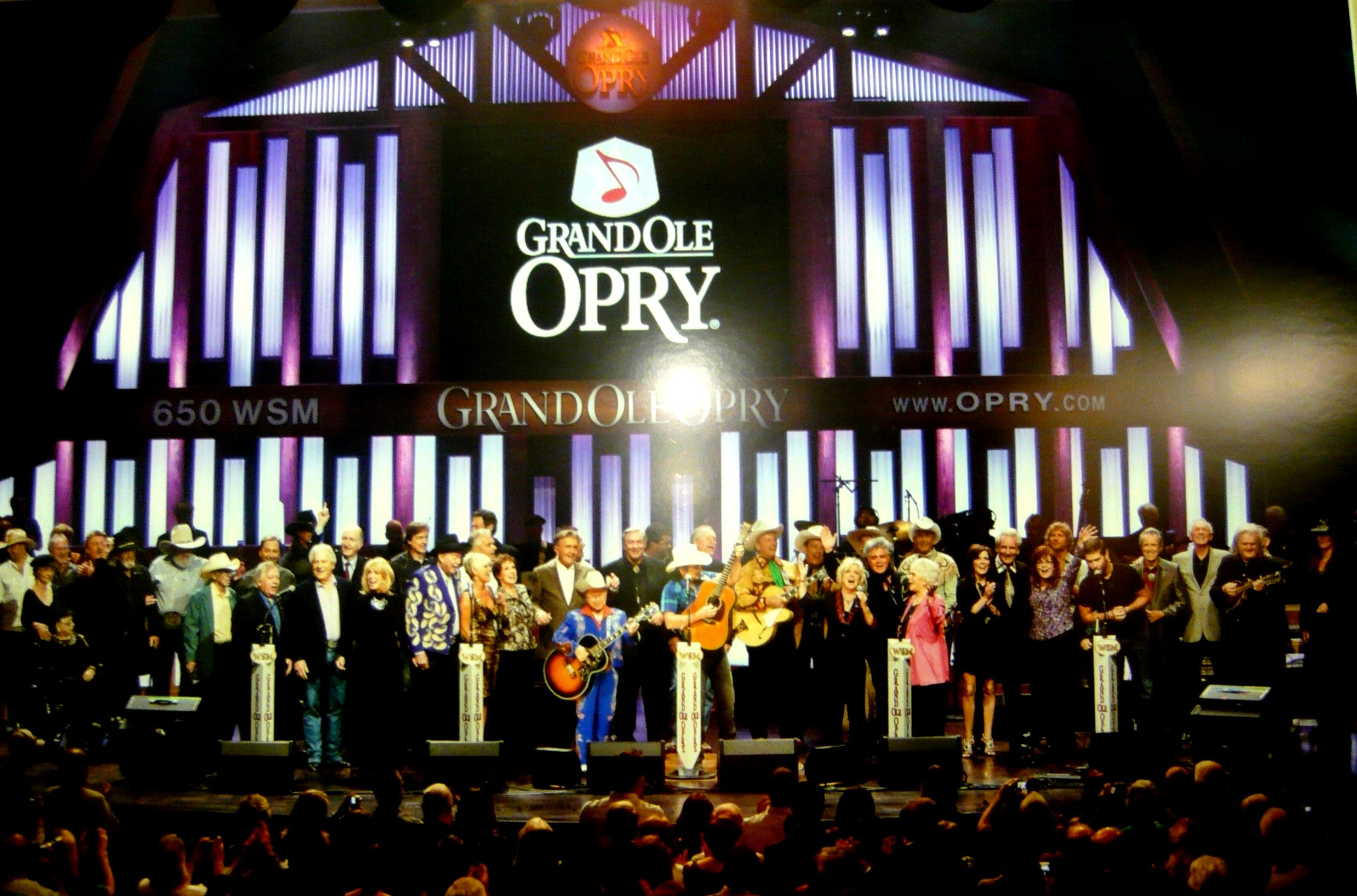 Back to Nashville and just before the performance of the Grande Ole Opry.