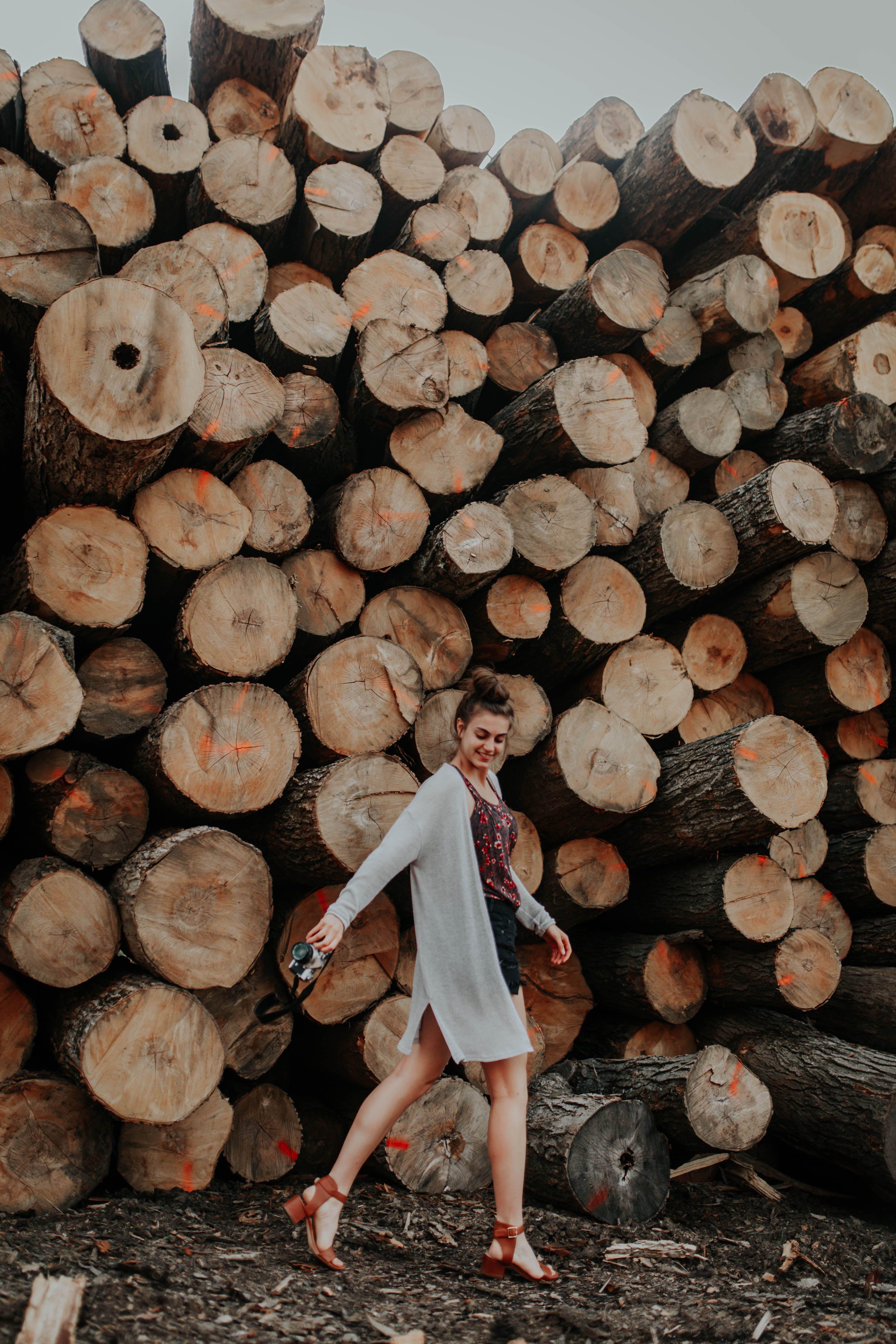 Tess Schilke Photography Portraits At A Lumber Yard Fall