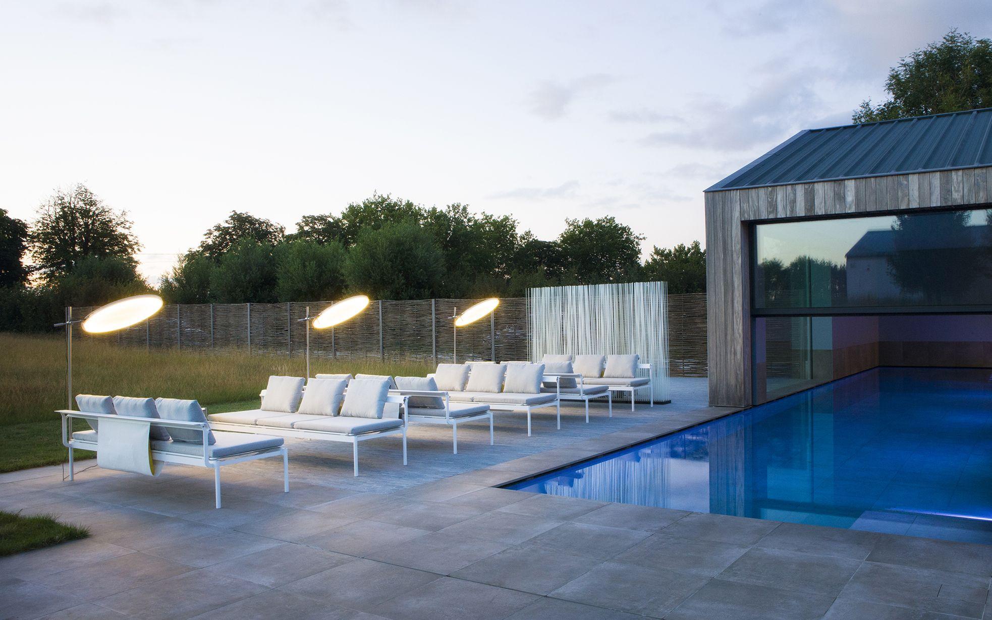 Sol Luna Sunbed Sofa Small Backyard Pools Backyard Pool Designs Swimming Pools Backyard