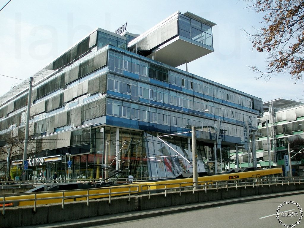 Modern Architecture Vs Contemporary Architecture Modern Architecture Architecture Contemporary Architecture