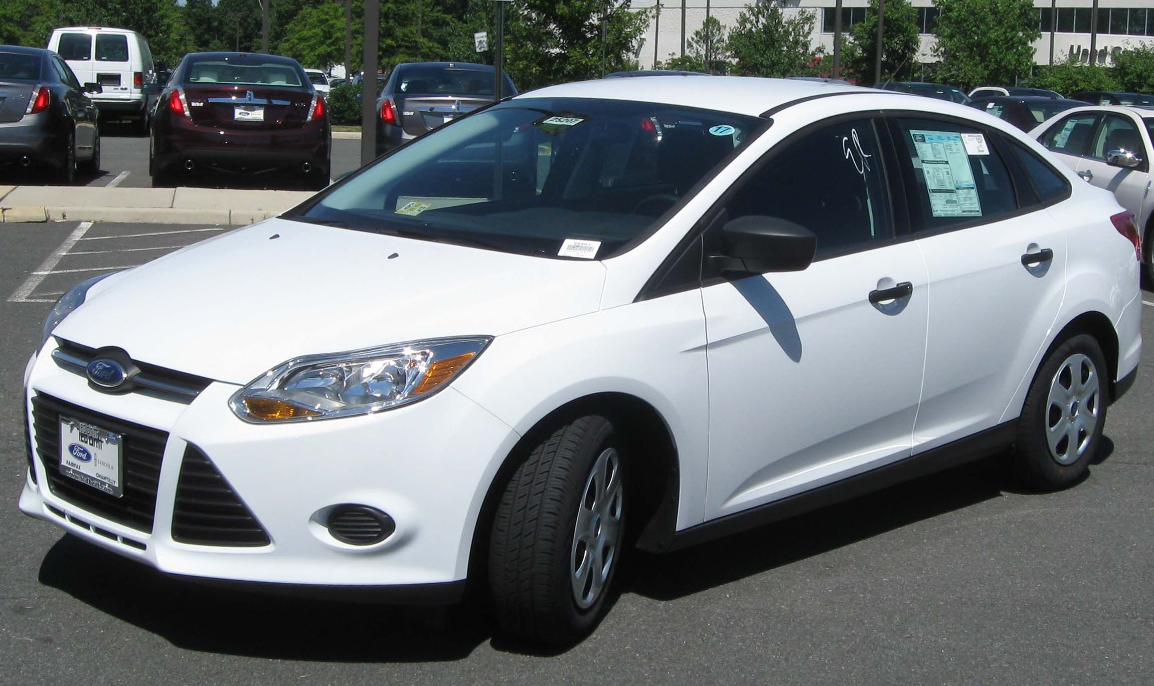 2012 Ford Focus Impressive Compact Sedan Bought From Auto Bid