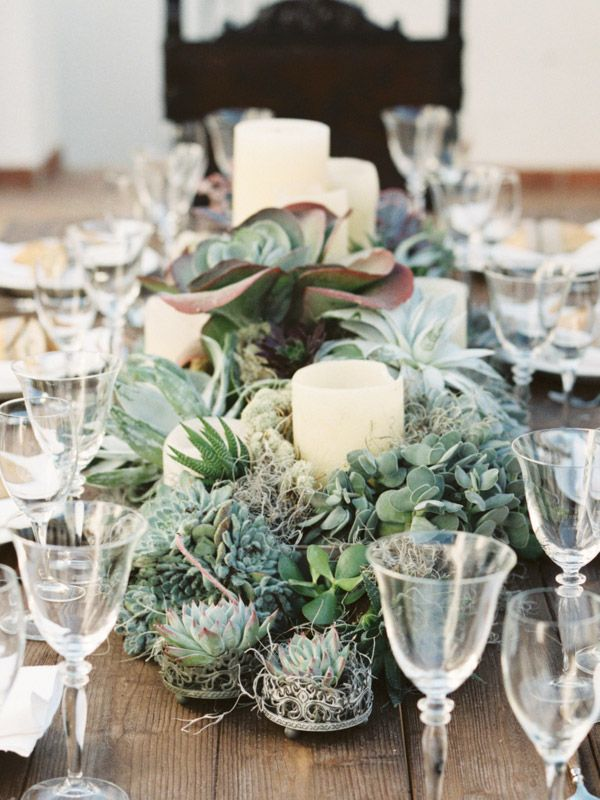 Low Wedding Centerpieces That Will Steal The Show With Images