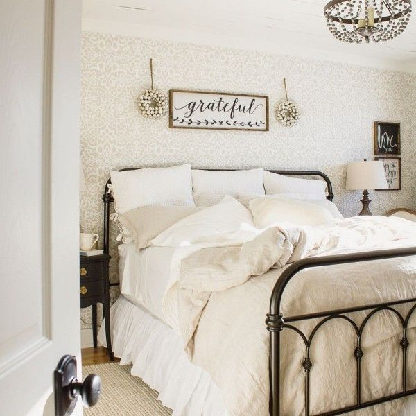 35 Farmhouse Bedroom Design Ideas You Must See Decor and Design