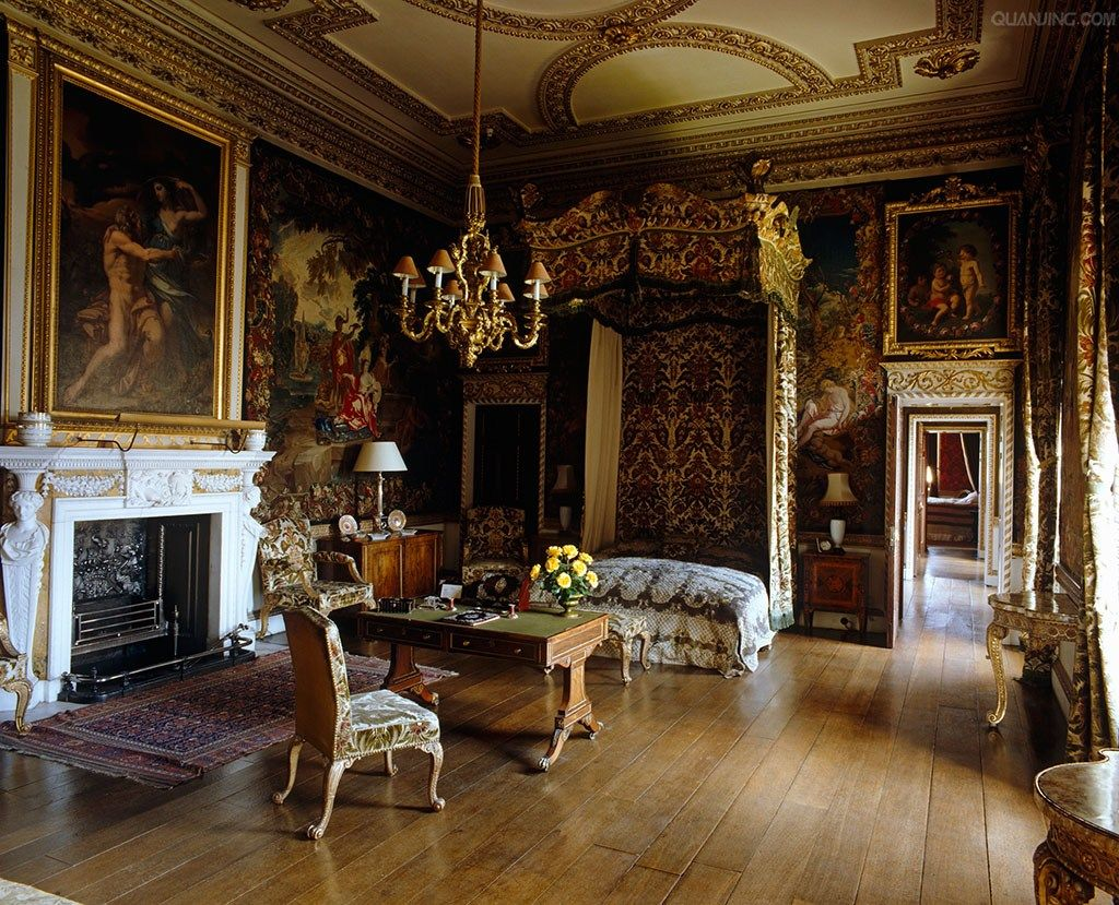 Holkham hall is an 18th century country house located for 18th century farmhouse interiors