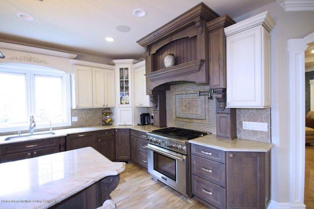 200 Woodvale Ave Staten Island Ny 10309 Realtor Com Beautiful Homes Home Home Decor