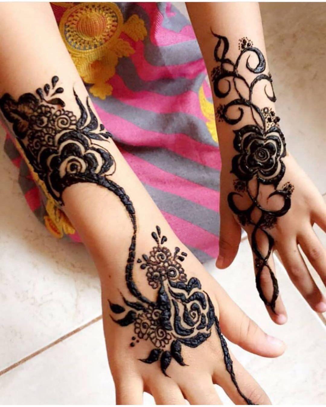 Pin By Asnabinthjahangir On Henna Henna Hand Tattoo Hand Henna Hand Tattoos
