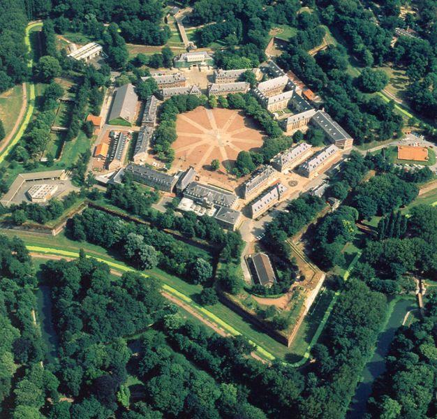 Vauban Citadel In Lille Vauban Lille Unesco Avec Images
