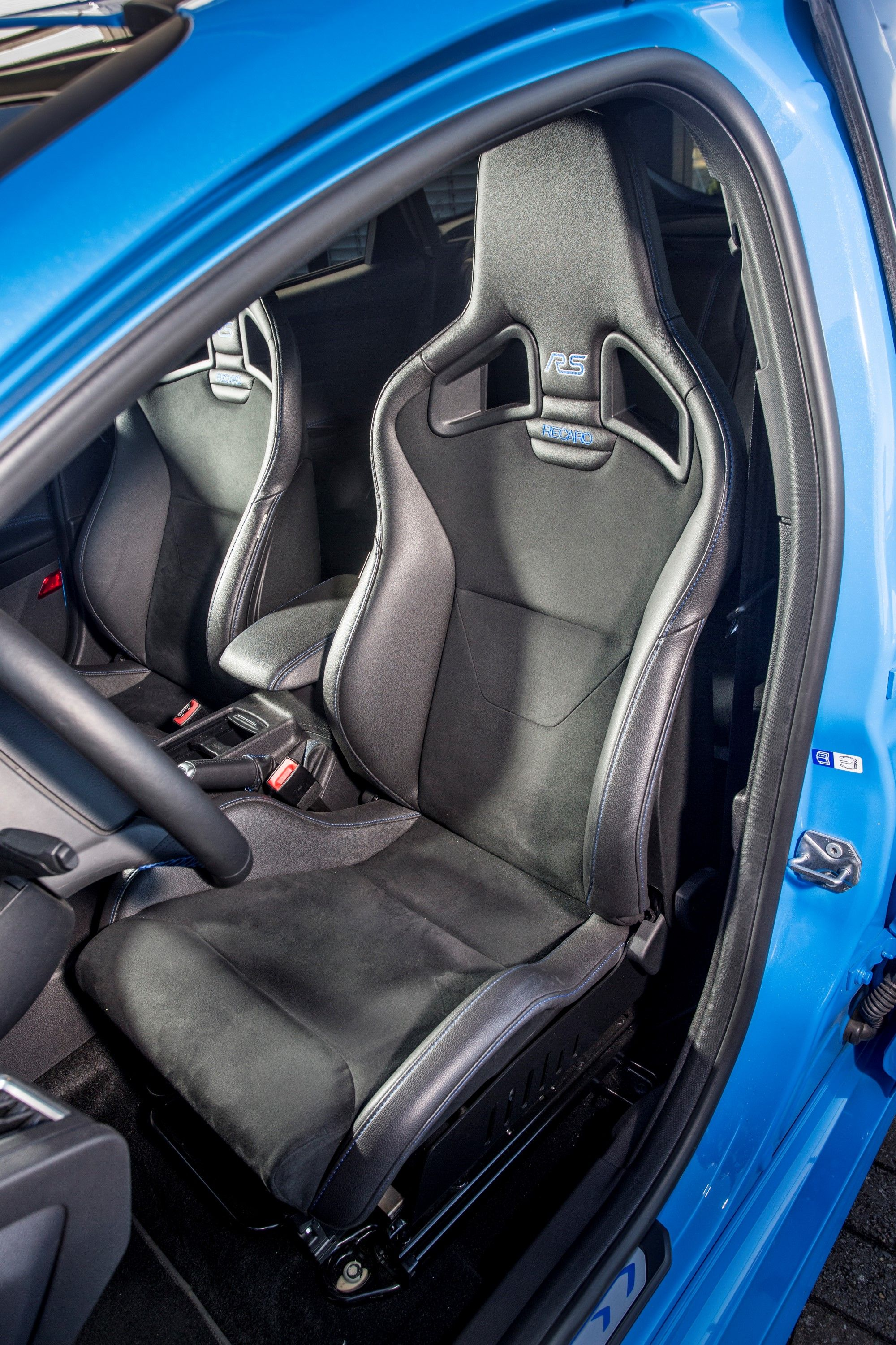 2016 Ford Focus RS Recaro shell seat Ford focus, Focus