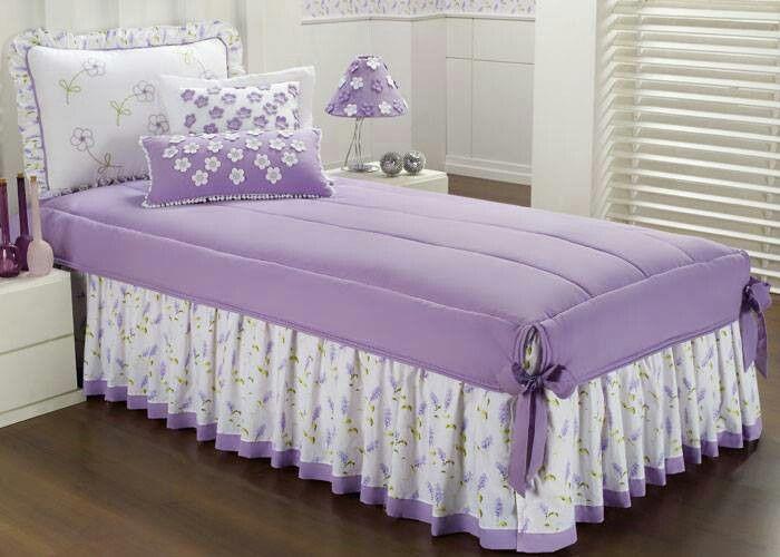Přehoz na dětskou postel * krásně sladěné fialové barvy s levandulí i kvítky zdobené polštářky ♥