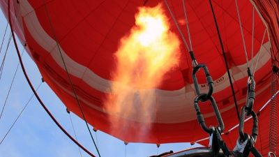 Hot air balloon crashes in US: 3 missing, feared dead