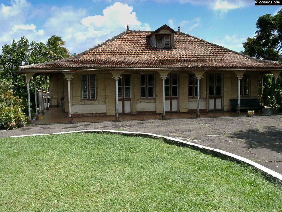 Belle demeure créole sur les hauteurs de Schoelcher - Martinique.   Maison creole