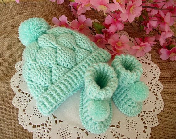 Crochet Pattern Baby set HAT and BOOTIES - Diamonds Baby crochet ...
