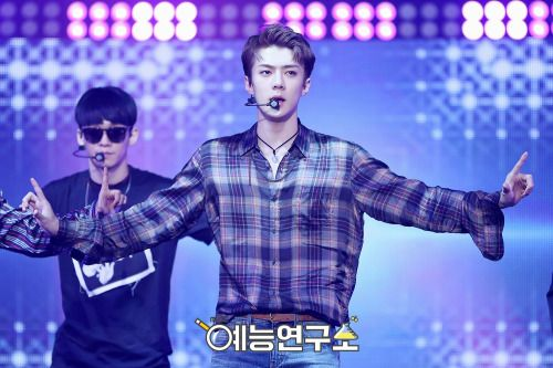 Sehun - 160901 MBC Show! Music Core Credit: MBC. (MBC 쇼! 음악중심)