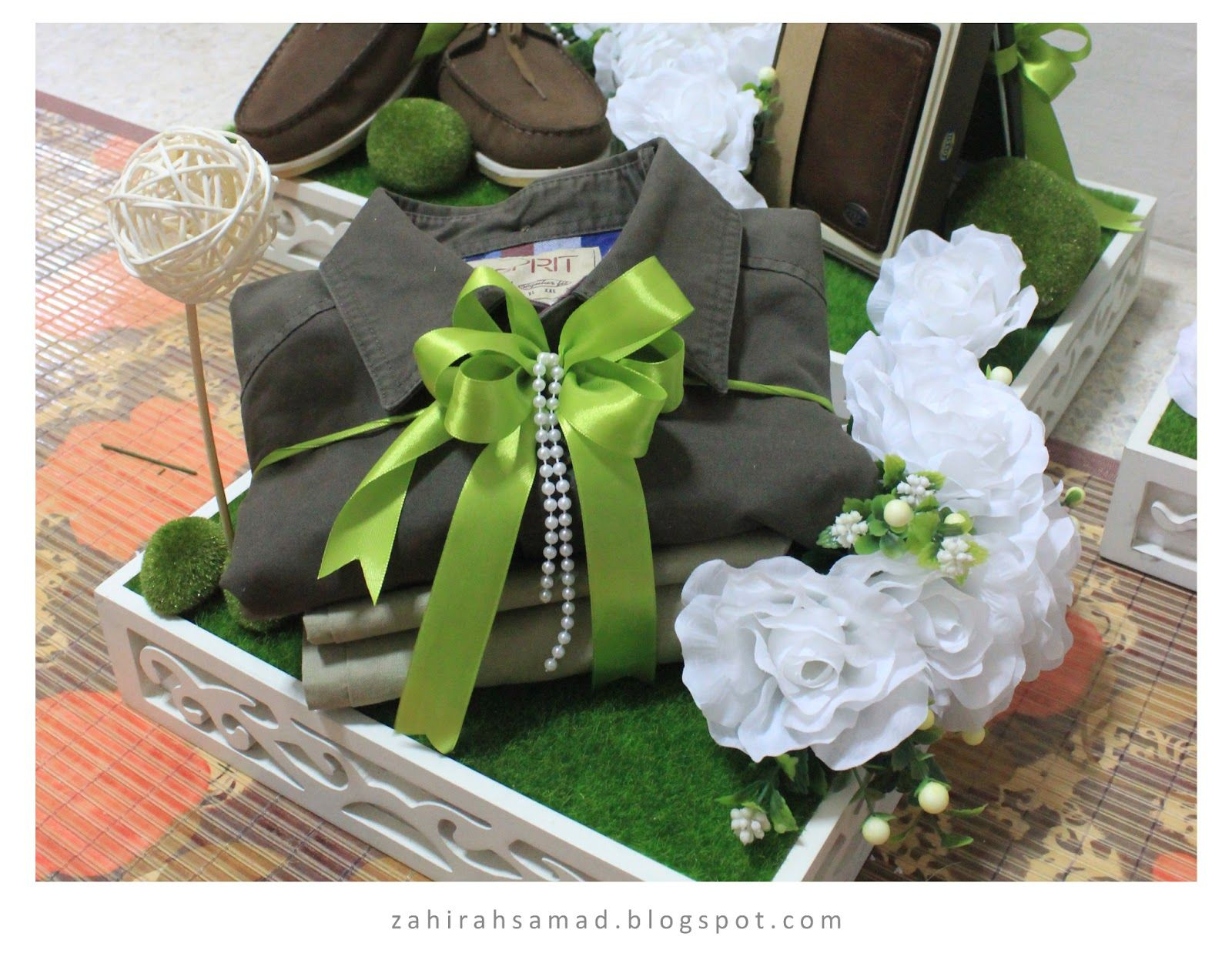 Lovely Local Wedding: Garden Theme - White & Green | Marriage Gifts ...