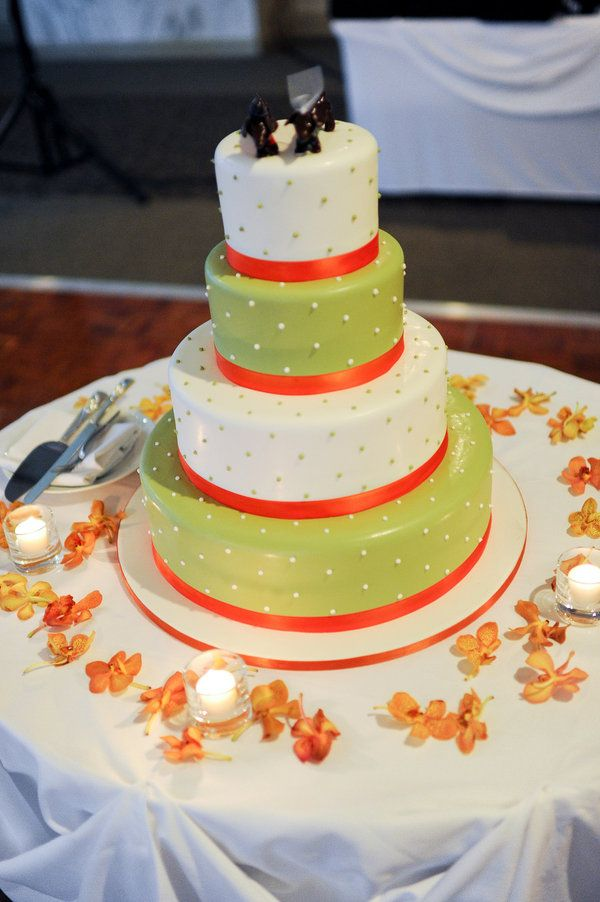 Chicago Wedding by Kara Pearson Photography | Colourful cake ...