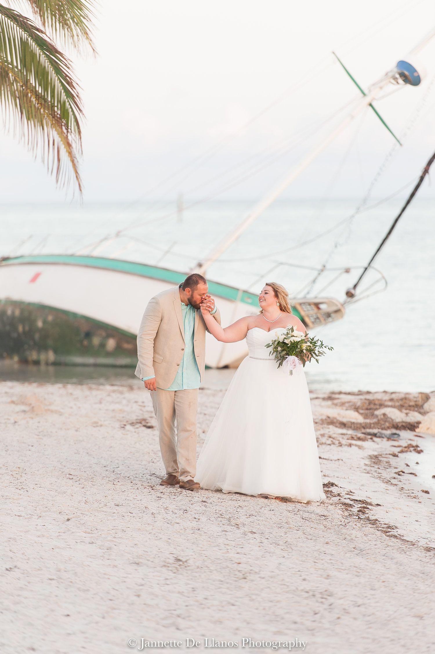 Florida Keys Wedding Photography Wedding In Key West South Florida Wedding Phot Florida Keys Wedding Venues Florida Wedding Photographer Florida Keys Wedding