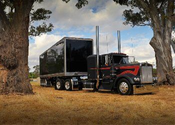 Listing of Different Types of Truck Driving Occupations - http://snydertrucking.org/listing-of-different-types-of-truck-driving-occupations/ - http://snydertrucking.org/wp-content/uploads/2012/12/303080_297570500260732_1685158849_n.jpg
