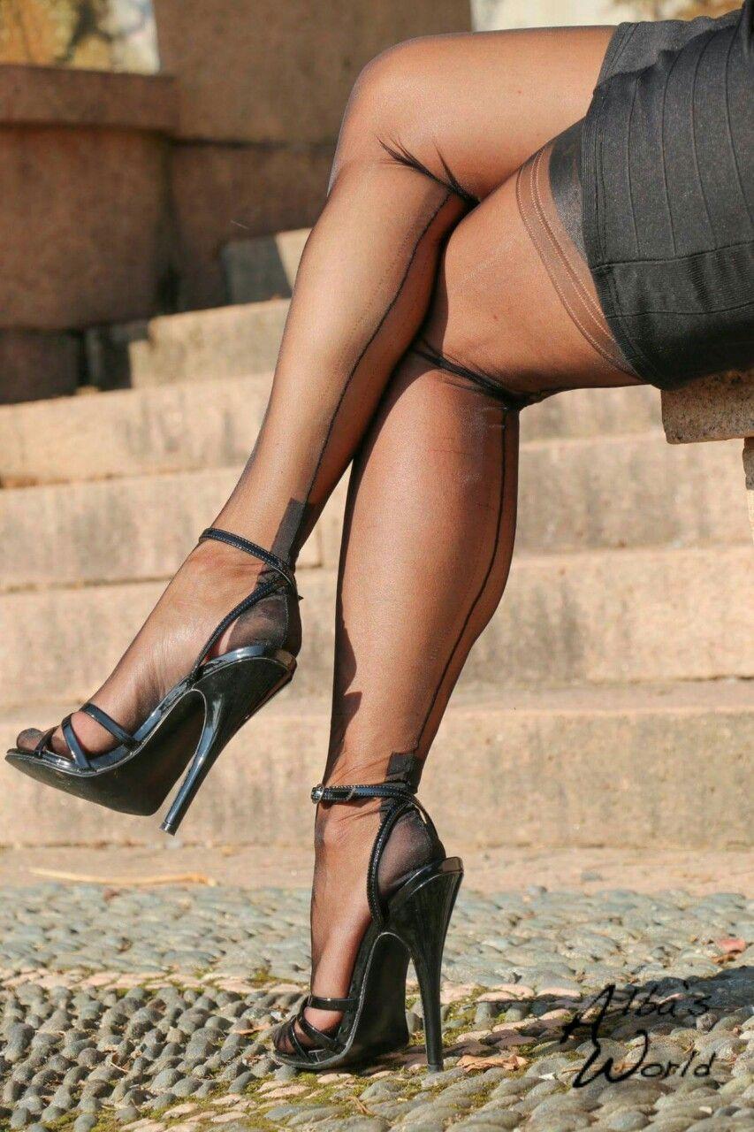 На каблуках фото ххх