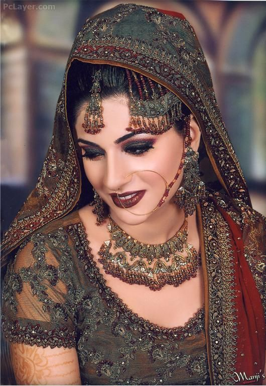 020bbeaca36 Beautiful Indian Bride ♥ Dulhan Dress, Pakistani Dresses, Expensive  Dresses, Latest Bridal Dresses