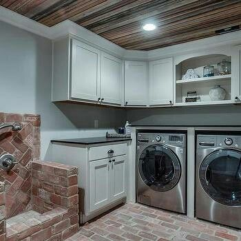 Pin by Tammy McCutcheon on Laundry room design | Laundry ...