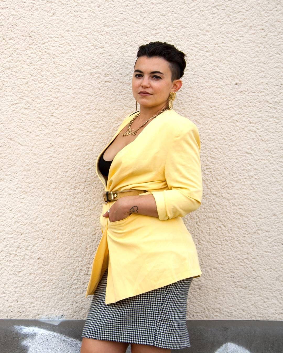 Nice Bring Farbe in deinen Kleiderschrank Blazer R cke ab Dresdner str LEIPZIG