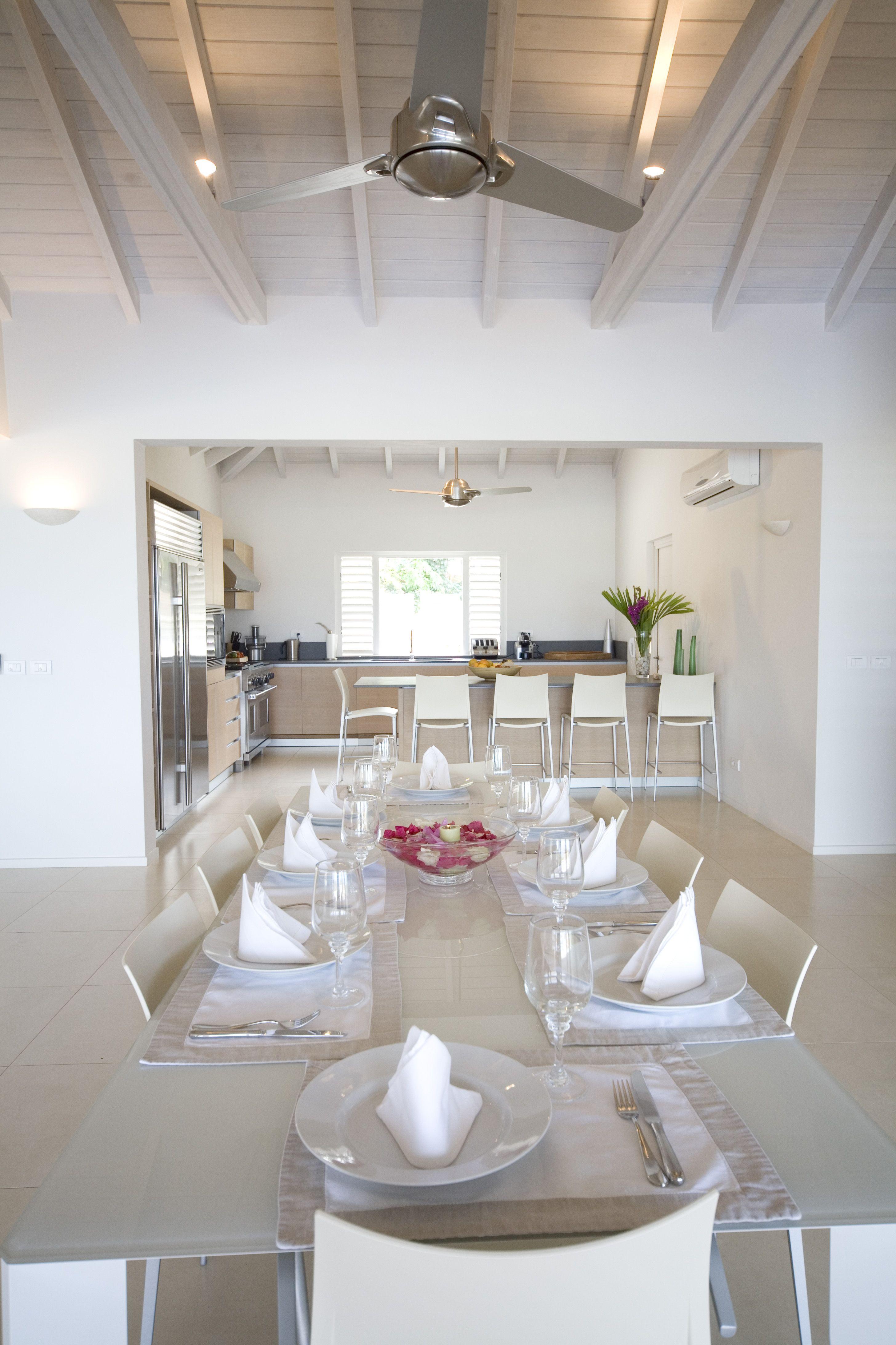Beautiful, minimal style dining room & kitchen of Luxury Villa Capri ...
