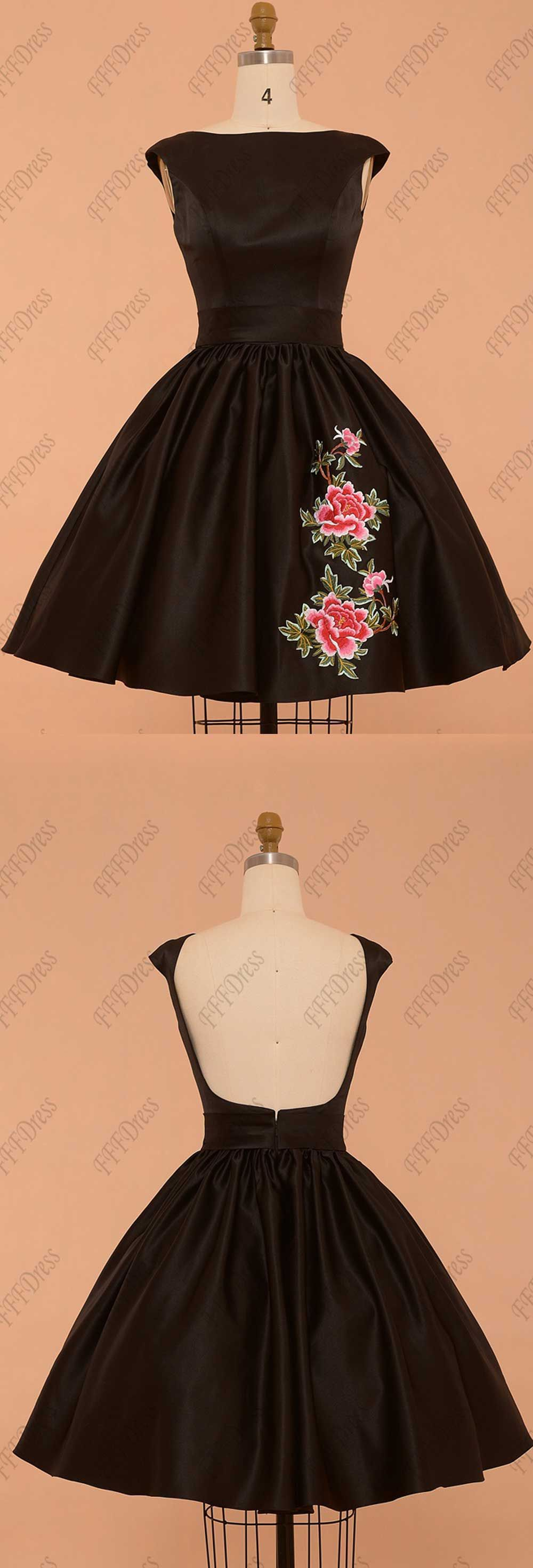 Black backless prom dresses short with embroidery short prom