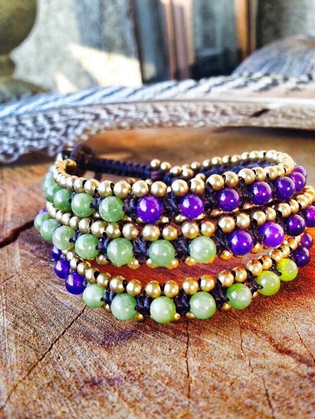 Nuestra nueva colección de pulseras de piedras, inspiradas en la joyería Vietnamita. Hechas en macramé y agatas. Tenemos en varios diseños y colores Chan Lu inspired bracelet with agatha classic double wrap
