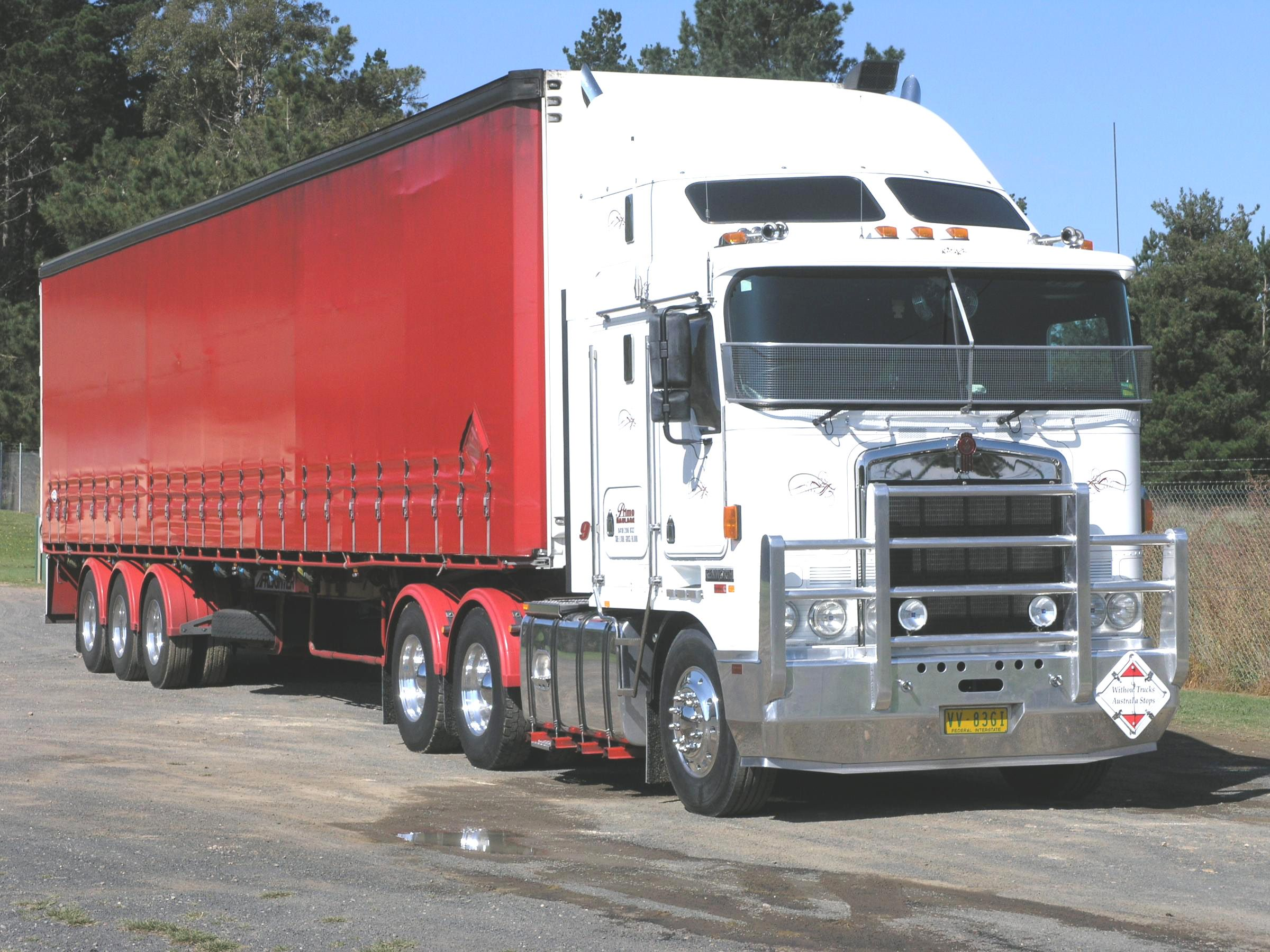 Kenworth with curtainside trailer