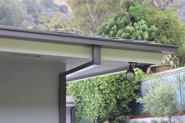 Modern Box Style Rain Gutters With 2x3 Downspouts In West Hollywood Contemporary Los Angeles By A Plus Gutter Patio Garden Design Gutters Rustic Pergola