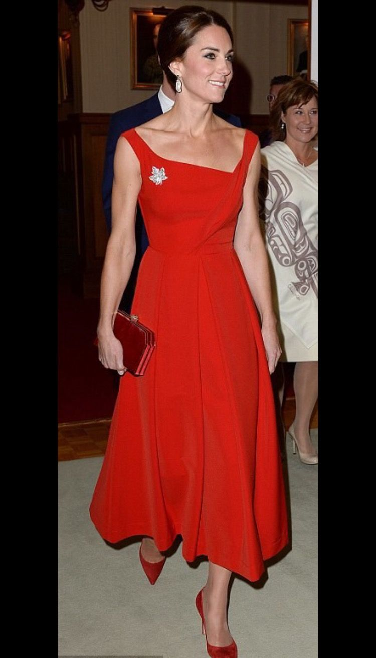 Kate Middleton s style has evolved from safe and conservative to elegant  and chic. See our favourite Kate Middleton style moments here. 1dad76489