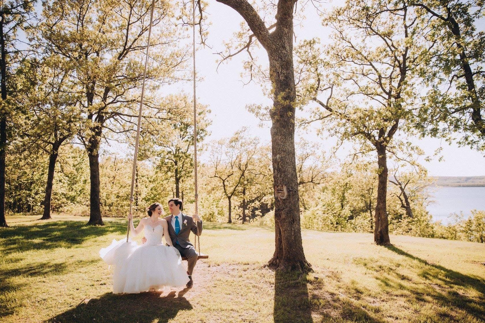 Tulsa Wedding Venue Springs Venue Tulsa Wedding Venues Outdoor Wedding Photos Outdoor Wedding Venues