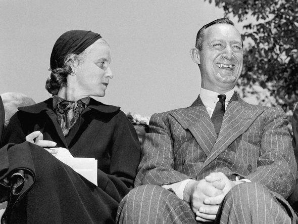 Bunny and Paul Mellon, 1952 | ...