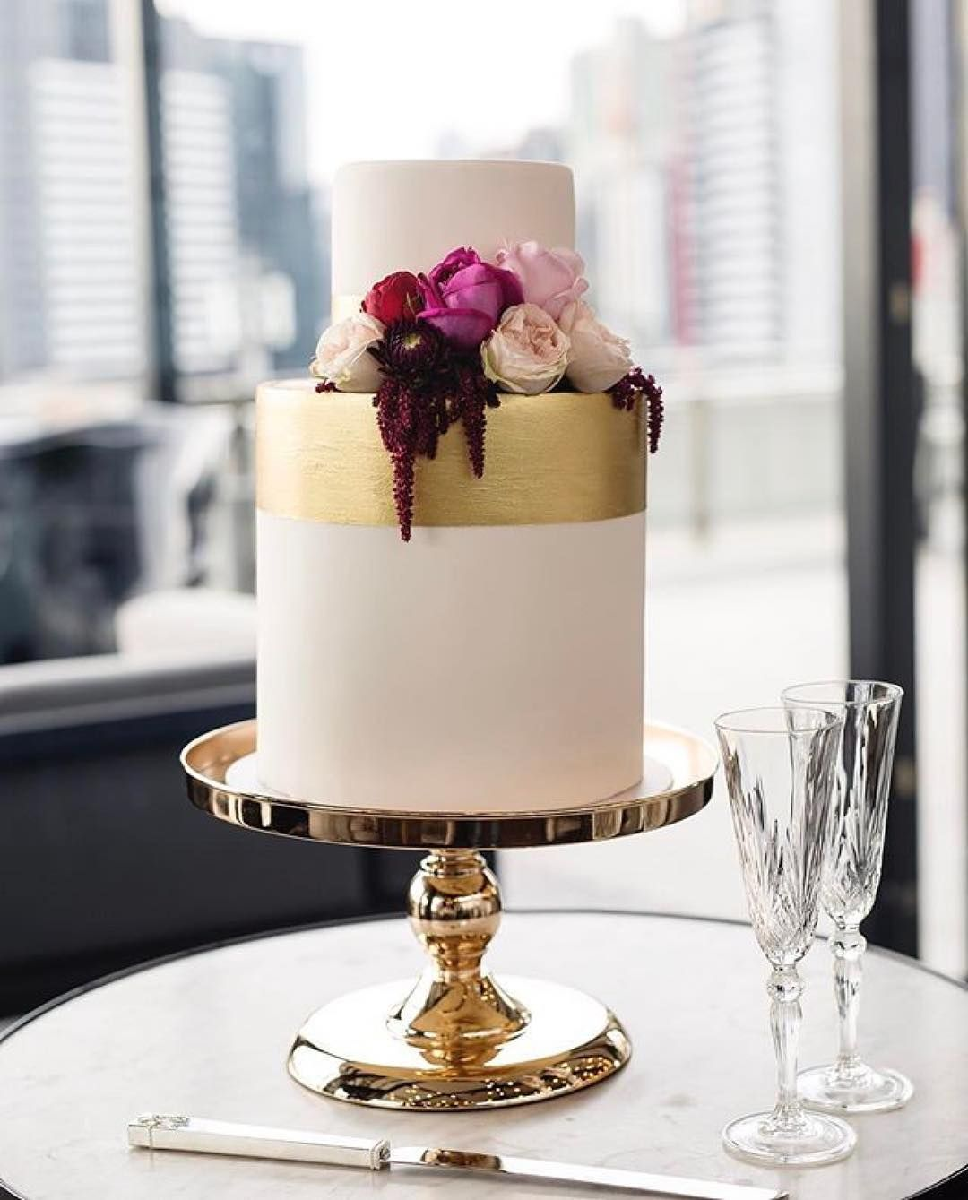 Top 10 Wedding Cake Suppliers In Melbourne: THAT GOLDEN TOUCH Melbourne Suppliers: CAKE
