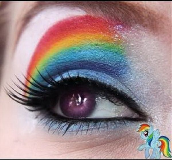 Party-Eye-Shadow-Art-for-Christmas-and-New-Years-Eve_12