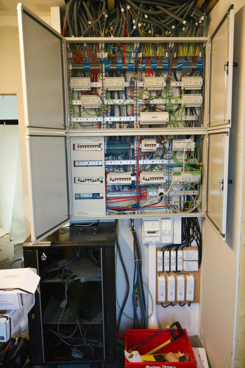 Installation Knx Servers Setups Pinterest Electrical Wiring Smart For New Homes
