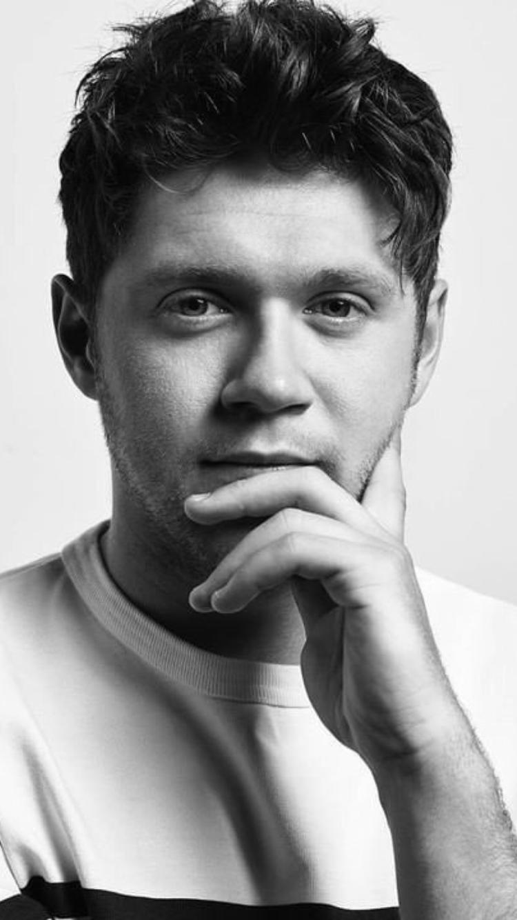 Pin By Wiktoria Migdal On Niall Horan Niall Horan Baby Niall Horan News James Horan