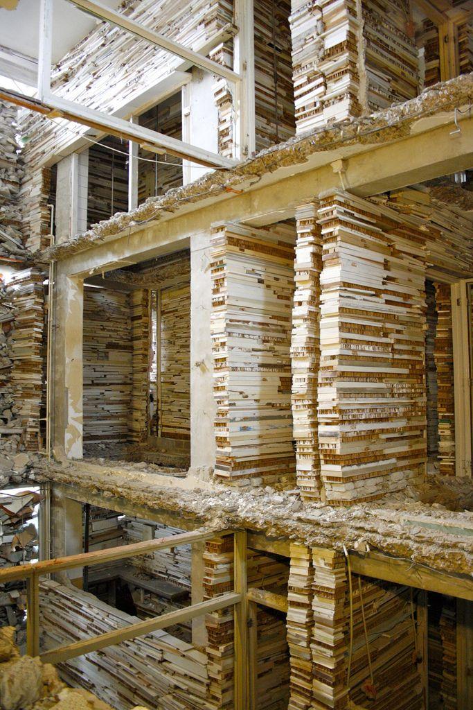verwoest huis   Flickr - Photo Sharing!
