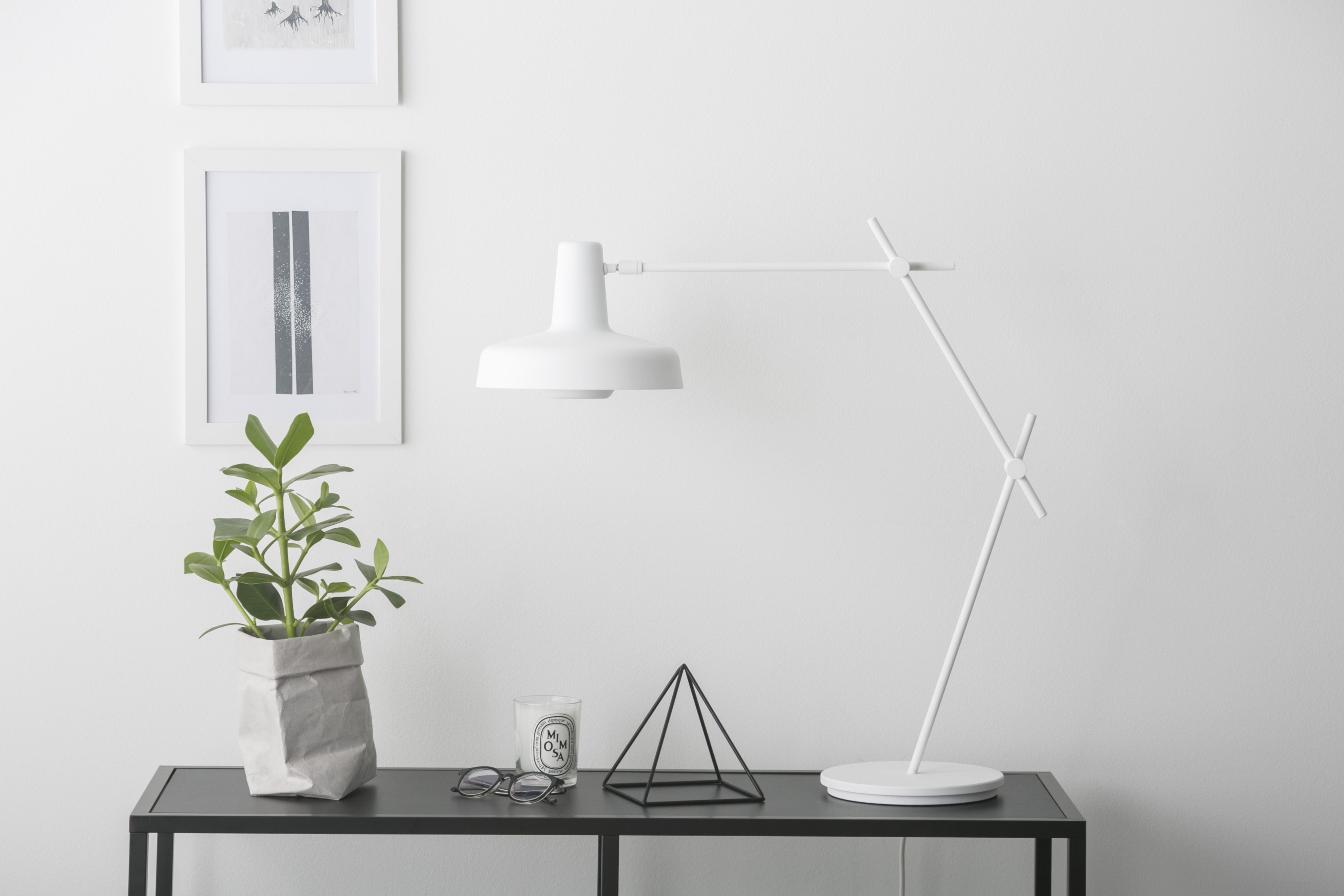 Arigato table Lamp AR T There s a very simple statement behind
