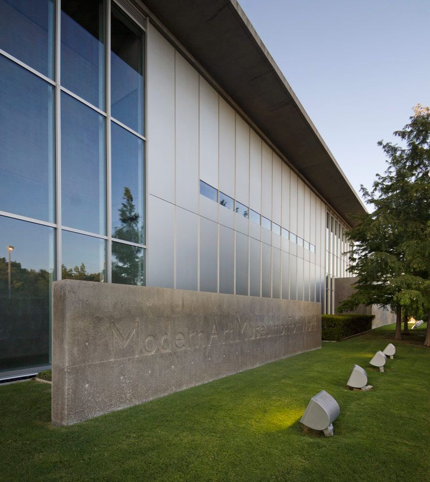The Modern Art Museum Of Fort Worth Was Designed By Japanese Architect Tadao Ando