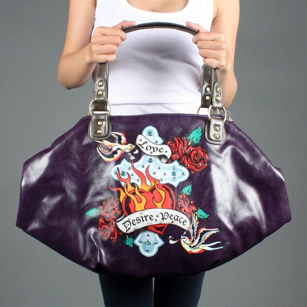 Obsessed with this purse~