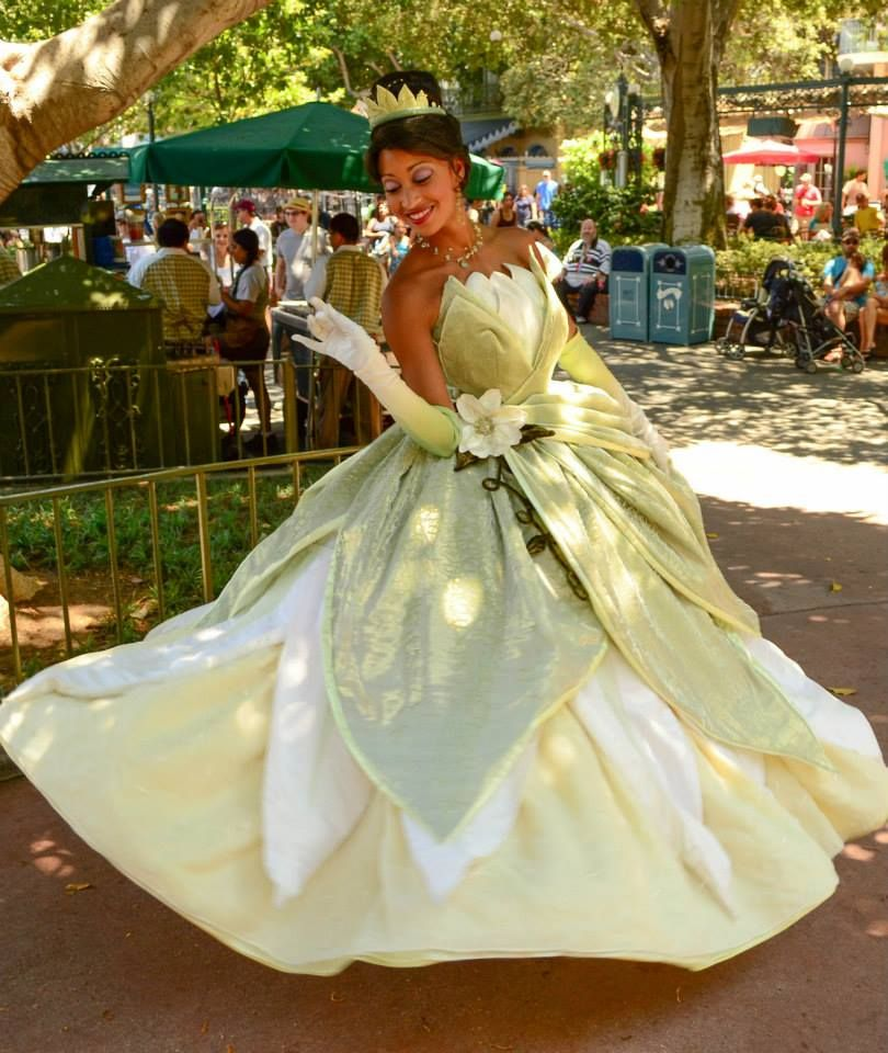 Pin by Karime Ch on The Princess and The Frog   Pinterest   Tiana