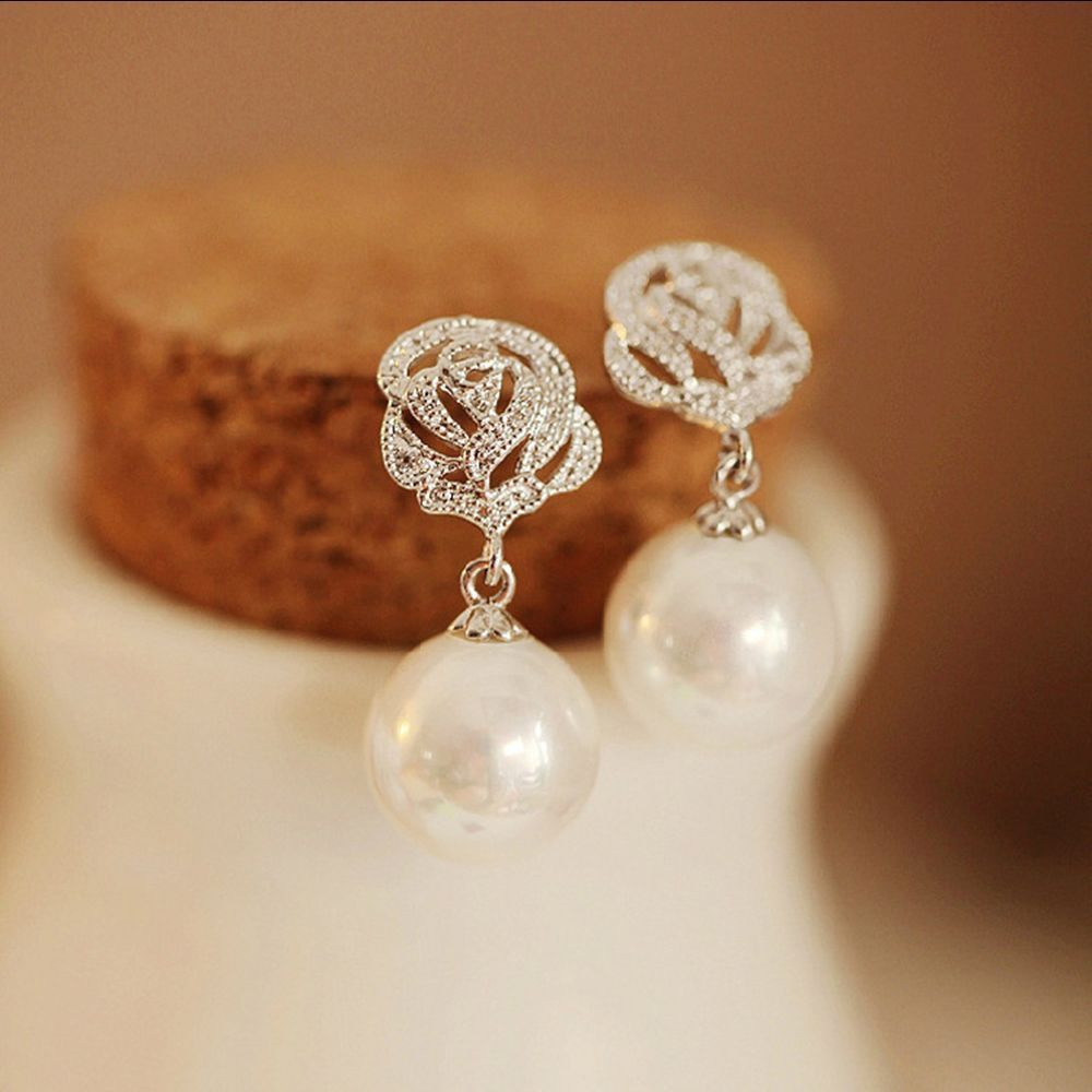 Love Gift White South Sea Shell Pearl AAA Cubic Zirconia Rose Gold Stud Earrings