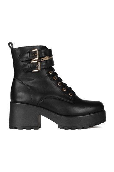 1af3ac41dbba Black Lace-Up Boots   Estilo   Pinterest   Boots, Shoe boots und Shoes