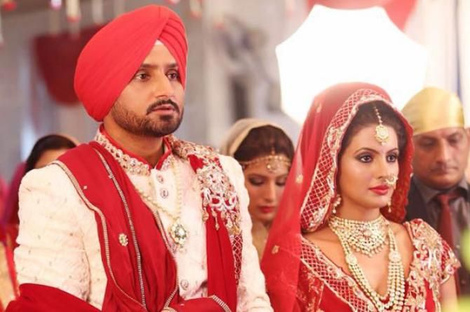 Bollywood Bride S Style File 6 Inspirational Bridal Looks From Geeta Basra S Wedding Bollywood Wedding Punjabi Wedding Bridal Looks