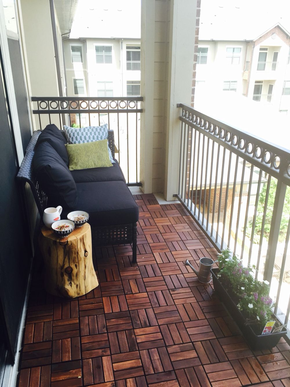 Small Apartment Balcony Garden Ideas: Pannie's Little Apartment