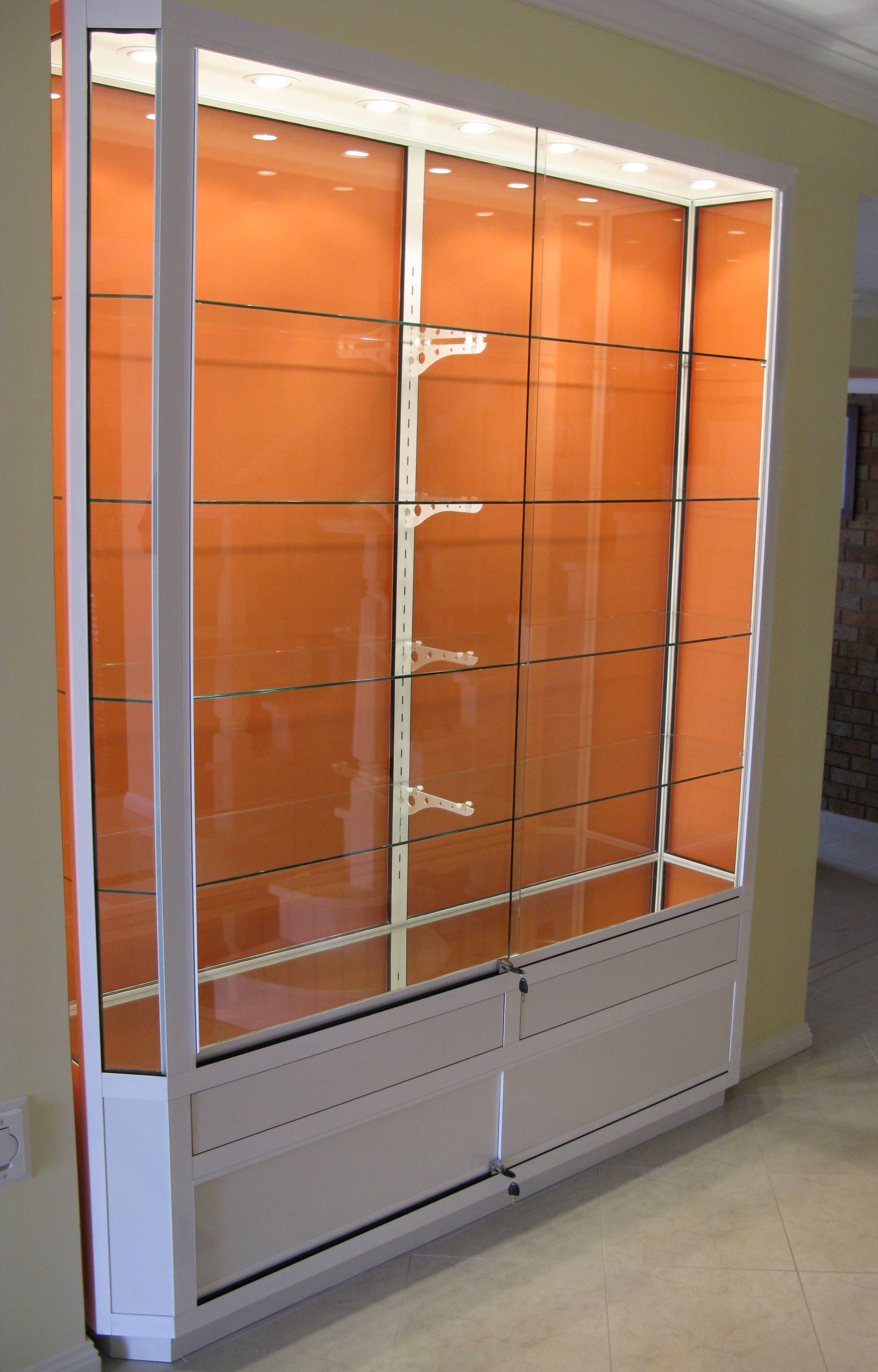 Wall mounted display cabinets wall mounted display cases for Boutique wall displays