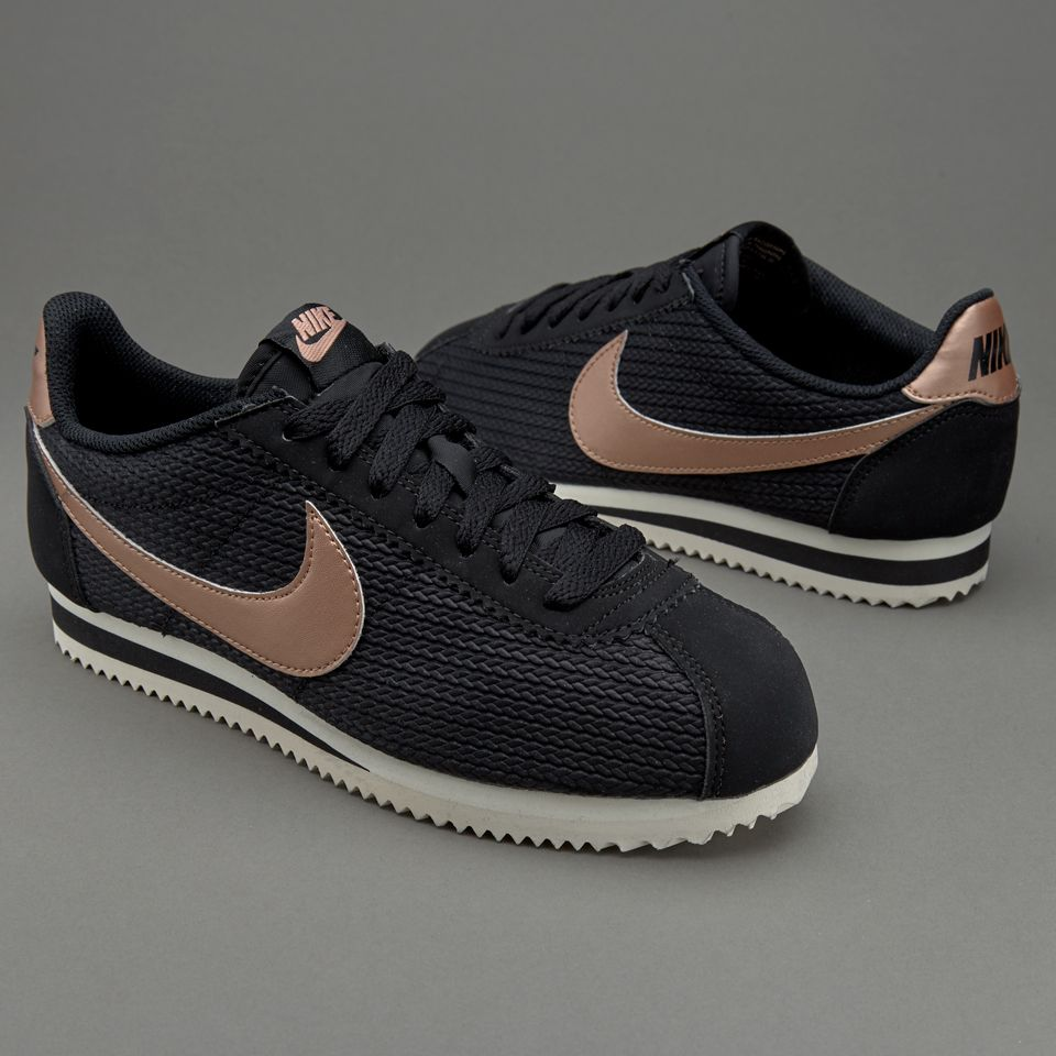 pretty nice 7a9a8 a46ac Nike Sportswear Womens Classic Cortez Leather Lux - Black