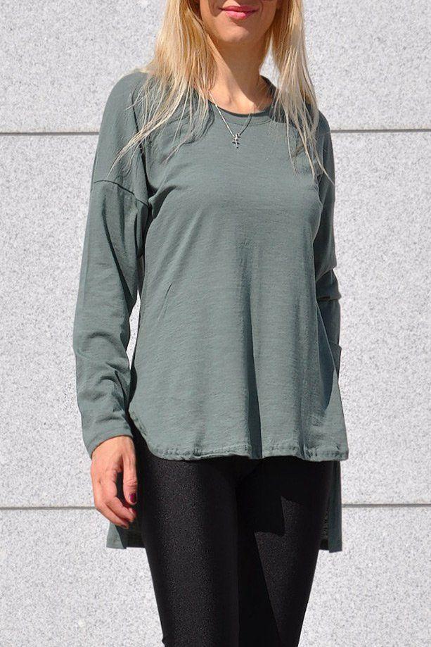 16bf9d309827 Γυναικεία μακρυμάνικη μπλούζα μακριά πίσω σε πράσινο της ελιάς ...